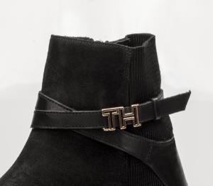 Tommy Hilfiger kort damestøvlett sort FW0FW04281